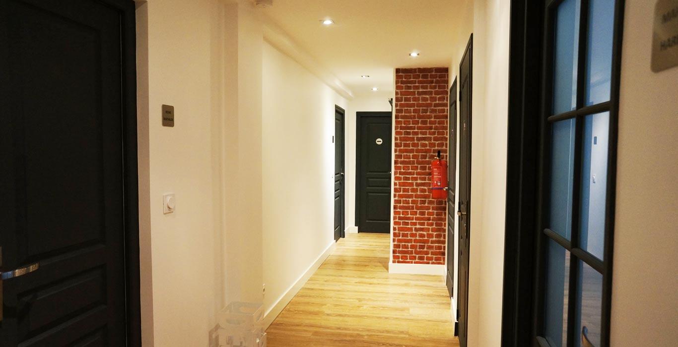location salle de r union 5mn de la gare de caen. Black Bedroom Furniture Sets. Home Design Ideas